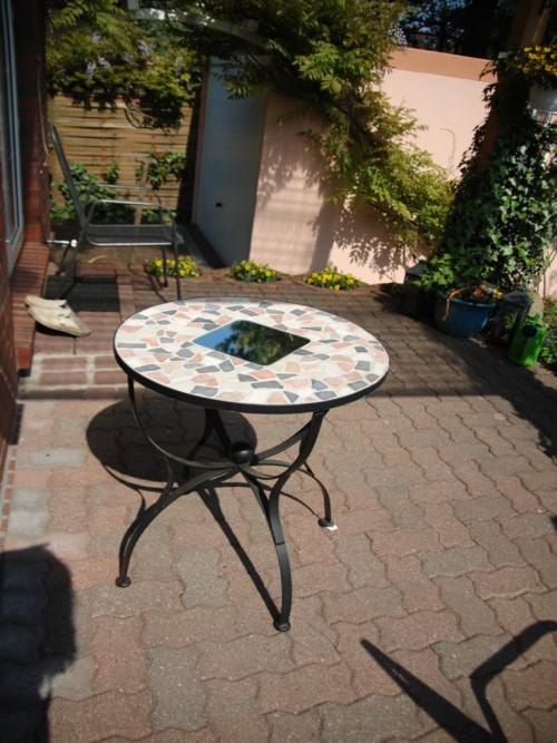 Marmor gartentisch awesome great full size of metall for Gartentisch marmor